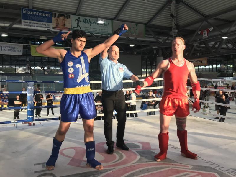 Umarjon Davlatov erkämpft Deutschen Muaythai Meistertitel